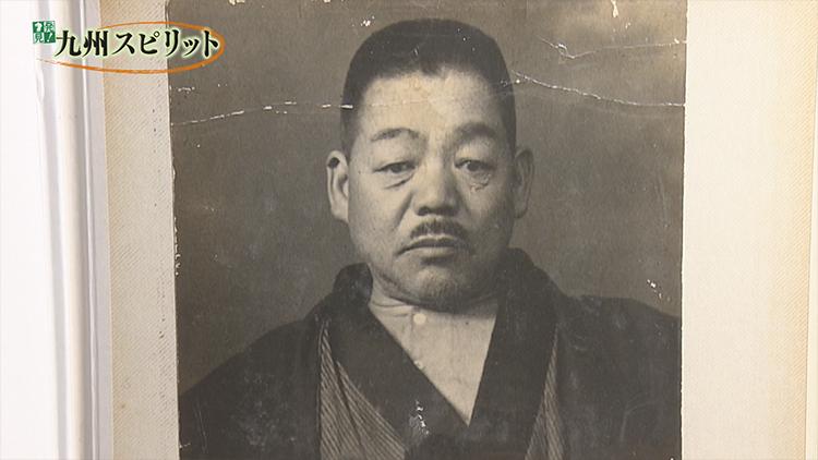 哲 玉井 金五郎 中村 中村医師の伯父は火野葦平氏、祖父が玉井金五郎氏、正に男気の家系ですね